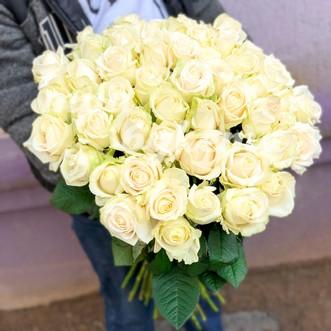 Букет из 51 белой розы 70 см