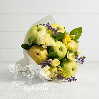Букет из фруктов и кустовых гвоздик